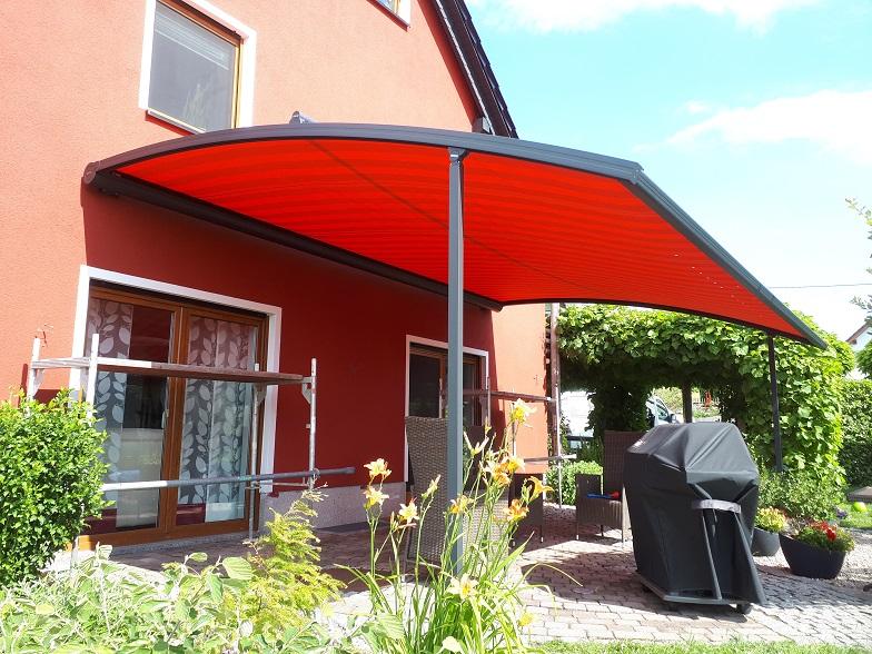 markise rot und regenschutz fr terrassen sonnensegel regendicht und wasserfest in fr besten in. Black Bedroom Furniture Sets. Home Design Ideas
