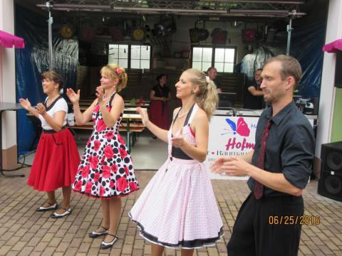 Unsere Tänzer rocken den Hof